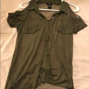 Green rue21 Shirt